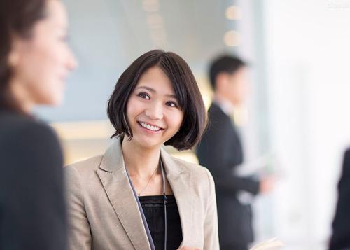 高品质、客制化 的HR及人才解决方案及服务